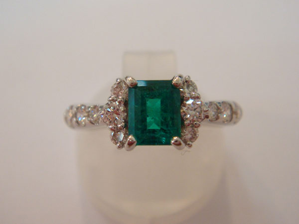 21917_Emerald-Diamond_2